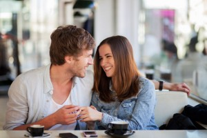 flirtsignalen mannen herkennen Soms is het helemaal niet de bedoeling om te flirten maar pikt de ander dit wel zo op, soms lijkt de ander (vaak de man) het flirten totaal niet te herkennen.